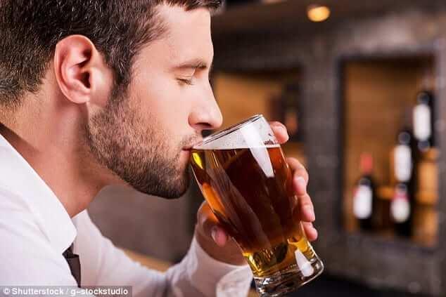 Tâm lý con trai khi say rượu