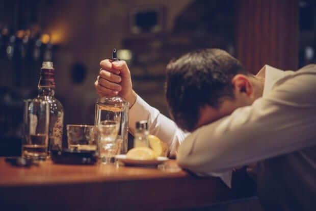 Tâm lý con trai khi buồn